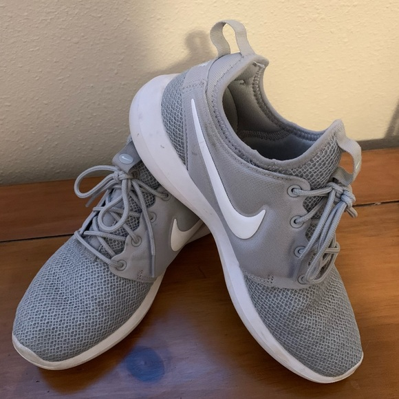 Light Gray Nike Sneakers   Poshmark